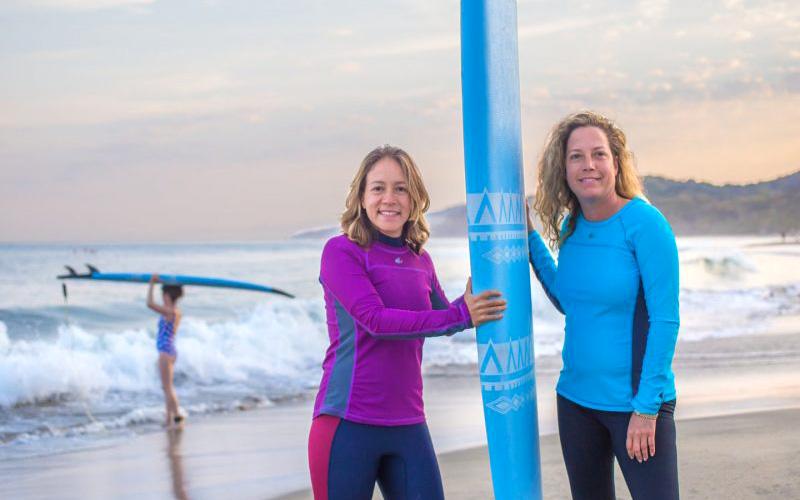 Las Olas Surfers